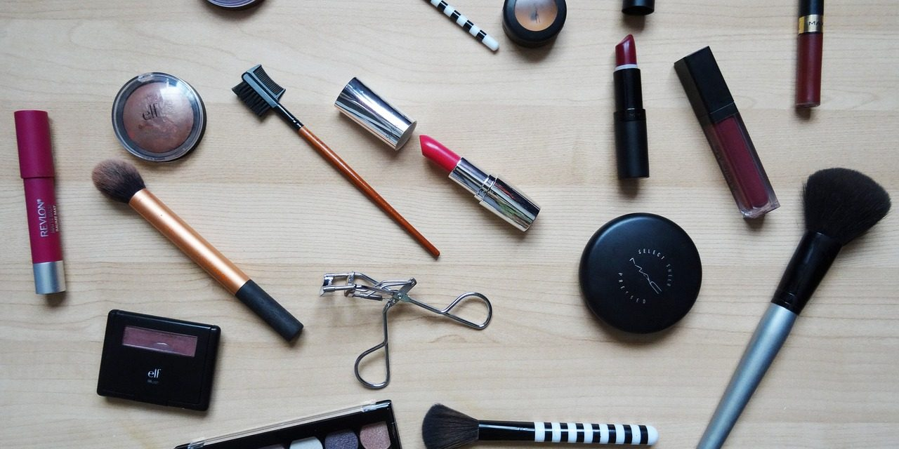 5 Tips for Transitioning to Cruelty Free and Vegan Cosmetics
